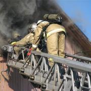 Пять человек, в том числе ребенка, эвакуировали из-за пожара в квартире в Ижевске